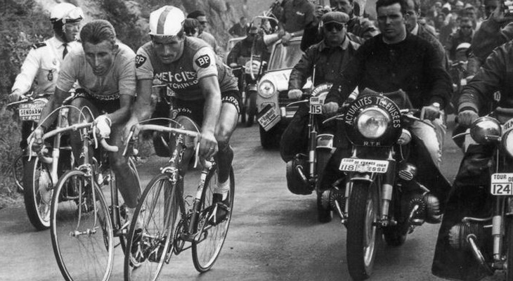 1964: The eternal rivalry between Poulidor and Anquetil